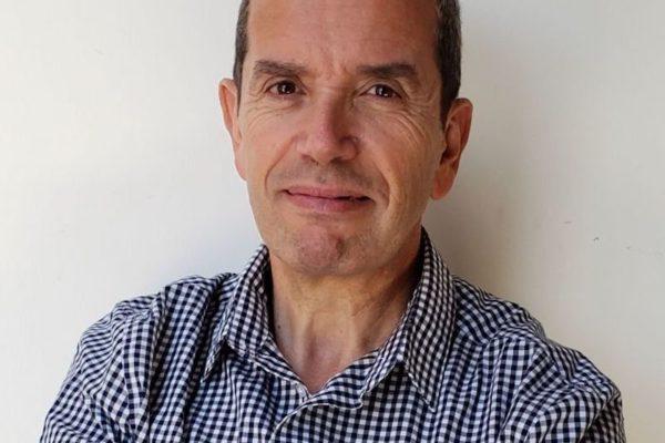 vice-directeur du laboratoire de communication de la catholique de santiago du Chili